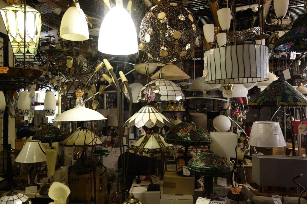 lampy w sklepie