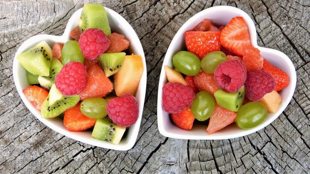 jemy oczami sałatki owocowe