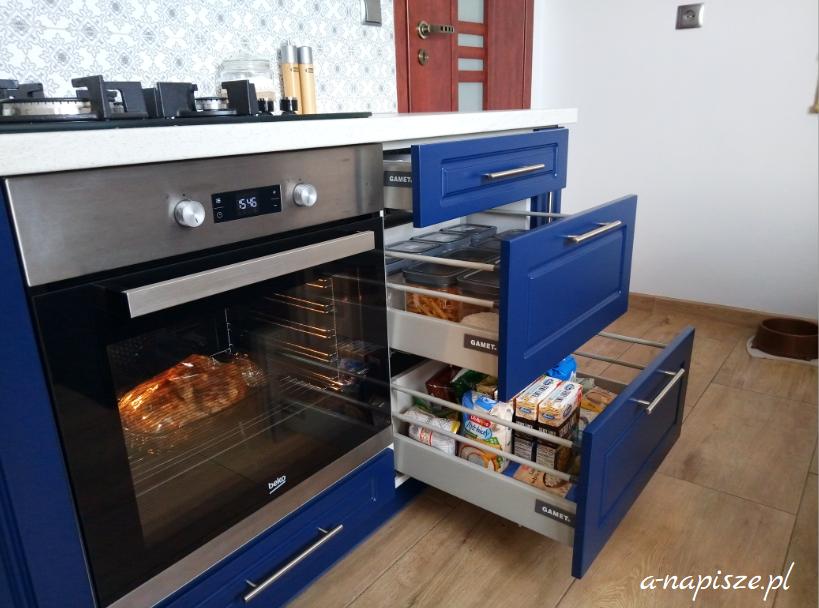 wygodne szuflady organizacja kuchni