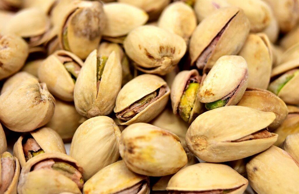 orzechy białko i tłuszcze nienasycone