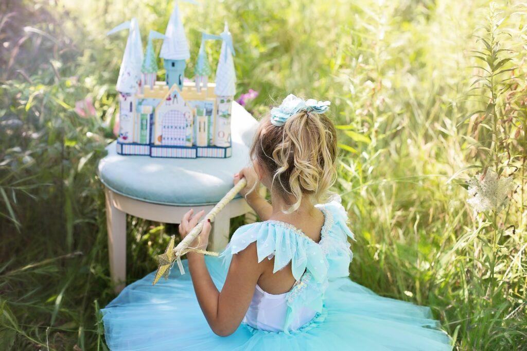 magiczny bajkowy świat dzieci niewinne kłamstwa i żarty