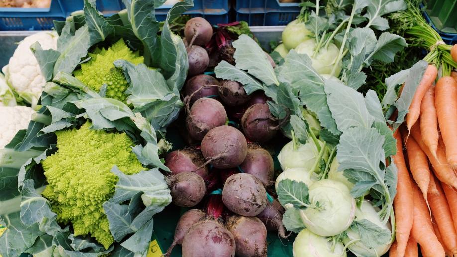 zdrowe jedzenie to warzywa i owoce